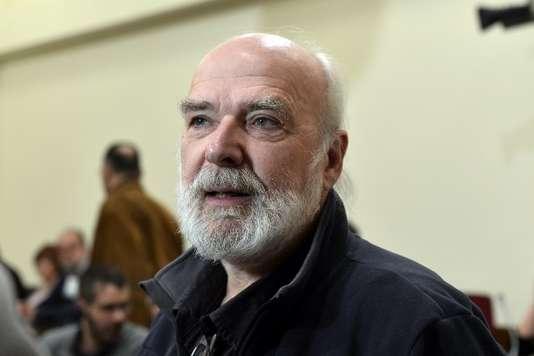 إريك توسان مناضل ضد الديون غير الشرعية