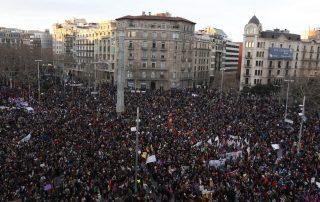 مسيرة نسائية في اسبانيا